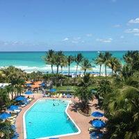 Photo taken at Four Points by Sheraton Miami Beach by Leonel on 4/28/2013