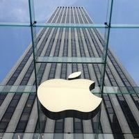 Photo taken at Apple Fifth Avenue by Monika K. on 5/29/2013