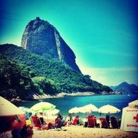 Photo taken at Praia Vermelha by Freack R. on 3/9/2013