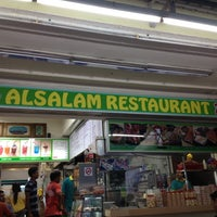 Photo taken at Al-Salam Restaurant by Malcolm on 11/9/2012