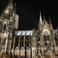 Photo taken at Cologne Cathedral by Swinny on 3/2/2013