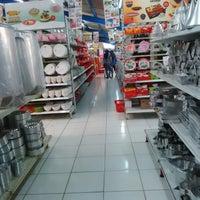 Photo taken at Mutiara Super Kitchen by Tisna K. on 4/7/2014