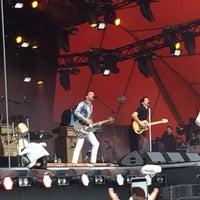 Photo taken at Orange Stage by Søren Thinggaard H. on 7/2/2016