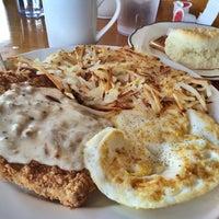 Photo taken at Aviators Restaurant by erin w. on 5/17/2014