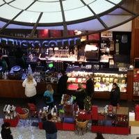 Photo taken at Starbucks by Sophia H. W. on 12/30/2012