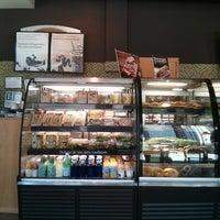 Photo taken at Starbucks by Melina M. on 6/22/2013