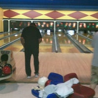 Photo taken at Palace Bowling & Entertainment Center by Mike R. on 3/10/2011