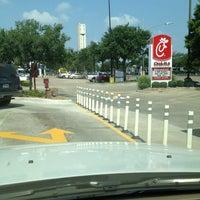 Photo taken at Chick-fil-A Richmond Avenue by Krystle B. on 7/5/2013