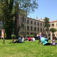 Photo taken at Marmara Üniversitesi by Aslı on 4/30/2013