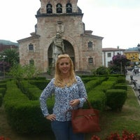 Photo taken at Cangas de Onís by Raquel M. on 9/10/2015