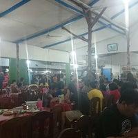 Photo taken at Rumah Makan Sari Melati 1 by Inge E. on 7/28/2014