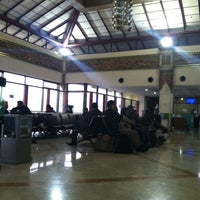 Photo taken at Gate 4 by Hendra S. on 4/12/2014
