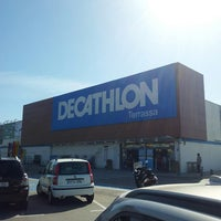 Photo taken at Decathlon by Ricardo C. on 4/13/2013