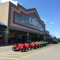 Photo taken at Lowe's Home Improvement by Chuck N. on 3/28/2015