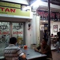 Photo taken at Rawon Setan by Oktavia T. on 10/20/2012