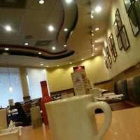 Photo taken at Pizza Hut by Roberto A. on 10/23/2014