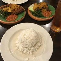 Photo taken at Restoran Ayam Penyet- AP by Fan on 8/19/2016