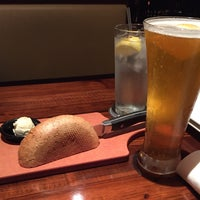 Photo taken at LongHorn Steakhouse by Renée T. on 11/25/2015