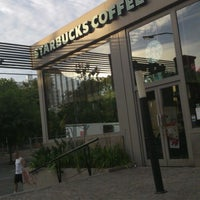 Photo taken at Starbucks by Marianno G. on 1/14/2013
