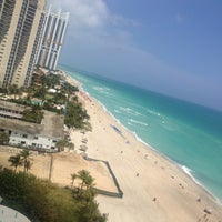Photo taken at DoubleTree by Hilton Ocean Point Resort & Spa - North Miami Beach by Cassiano B. on 4/12/2013
