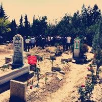 Photo taken at Hocacihan Mezarlığı by Ertuğrul A. on 8/13/2016