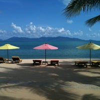 Photo taken at Maenamburi Resort by Steve R. on 11/8/2012