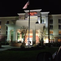 Photo taken at Hampton Inn Syracuse Clay by Nicholas D. on 11/1/2012