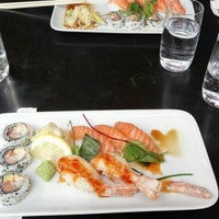 Photo taken at Raw Sushi & Grill by Niklas E. on 7/13/2016