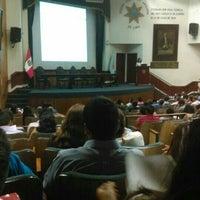 Photo taken at Colegio de Abogados de Lima by Viky D. on 2/10/2016