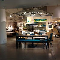 Photo taken at Crate & Barrel by K@rTh!kk R. on 5/15/2013