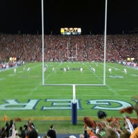 Photo taken at Pat Dye Field at Jordan-Hare Stadium by Rob D. on 11/11/2012