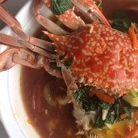 Photo taken at Firdausy Seafood Corner by 'Ayuni M. on 12/27/2015