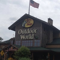 Photo taken at Bass Pro Shops by Michael T. on 7/25/2013
