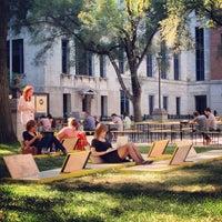 Photo taken at Place Pasteur de l'UQAM by UQAM on 9/20/2012