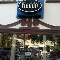 Foto tirada no(a) Freddo por Camila J. em 10/31/2012