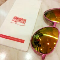 Photo taken at Kenny Rogers Roasters by Liyana N. on 10/16/2015