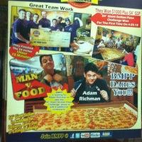 Photo taken at Big Mamas & Papas Pizzeria by Jv O. on 11/17/2012