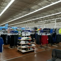 Photo taken at Walmart Supercenter by Tracy T. on 11/6/2016