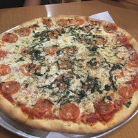 Photo taken at Colosseum Pizza by Katia C. on 8/27/2016