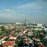 Photo taken at Java Paragon Hotel and Residences by Gono W. on 6/11/2016