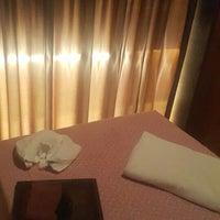 Photo taken at Yin Yang Original Massage and Spa by Gülsüm Ş. on 12/31/2015
