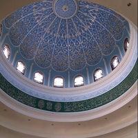Photo taken at Masjid Al-Ghufran by محمد يوسف م. on 1/5/2013