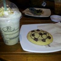 Photo taken at Starbucks Coffee by Alexander Santiago R. on 2/13/2013