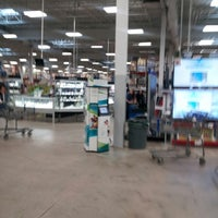 Photo taken at Sam's Club by Marlon C. on 10/12/2013
