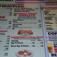 Photo taken at Waffle House by Melissa T. on 4/8/2013