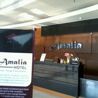 Photo taken at Amalia Hotel by abdi k. on 9/19/2012