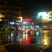 Photo taken at Sutthisan Intersection by Kittipoom S. on 5/20/2016