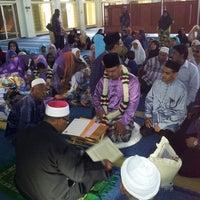 Photo taken at Masjid Teluk Air Tawar by Faried Z. on 3/16/2013