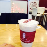 Photo taken at 貢茶(공차) / GONG CHA by Agnes B. on 10/2/2015