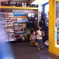 Photo taken at GameStop by Lulú D. on 7/16/2013
